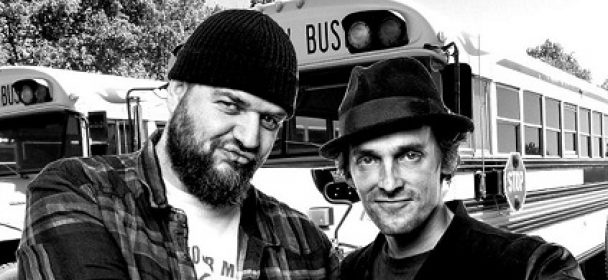 """News: DEY HARD feat. Der Butterwegge – Video Premiere und neue Single """"Der letzte Bus"""""""