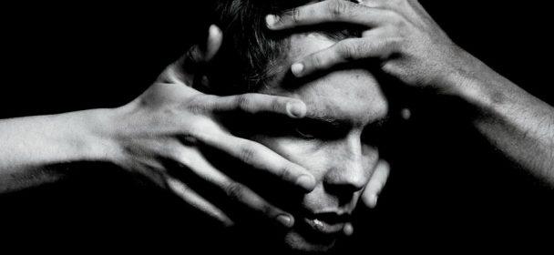 """News: Jónsi: Sigur Rós-Frontmann kündigt erstes Solo-Album seit einer Dekade mit Video zur Single """"Swill"""" an!"""