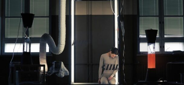 News: VOLA veröffentlichen mit 'Head Mounted Sideways' brandneuen Song inklusive Video Premiere