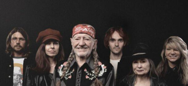 """News: Legacy Recordings veröffentlicht von Willie Nelson das neue Album """"The Willie Nelson Family"""" am 19.11. auf CD"""
